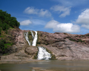 kuntala-waterfalls